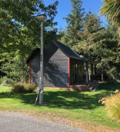 Quaint & Quiet tiny house in Lake Coleridge