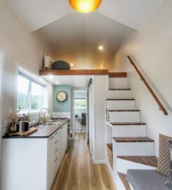 Tiny House on Wheels, built by Hammer and Saw Tiny Homes Napier
